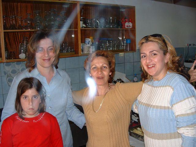 easter-2003-07.jpg